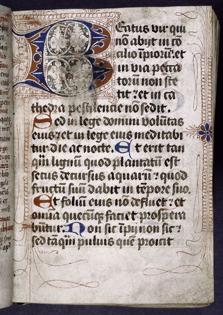 Opening of main text in hand 1, puzzle initial with penwork, small initials.