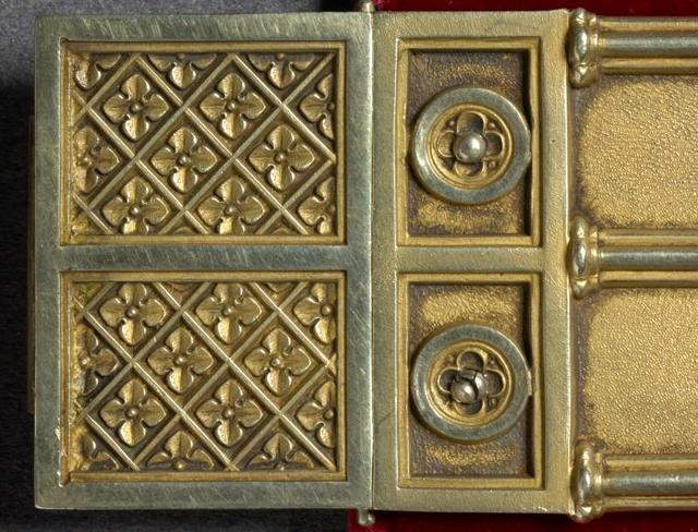 Towneley Lectionary details. Clasp