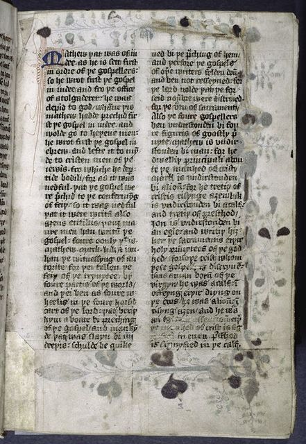Small initial and penwork. Opening of main text.