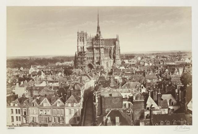 Amiens.