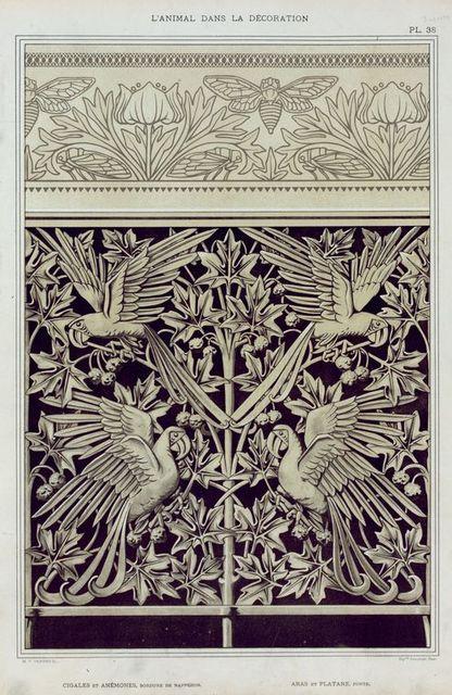 Cigales et anémones, bordure de napperon. Aras et platane, fonte.