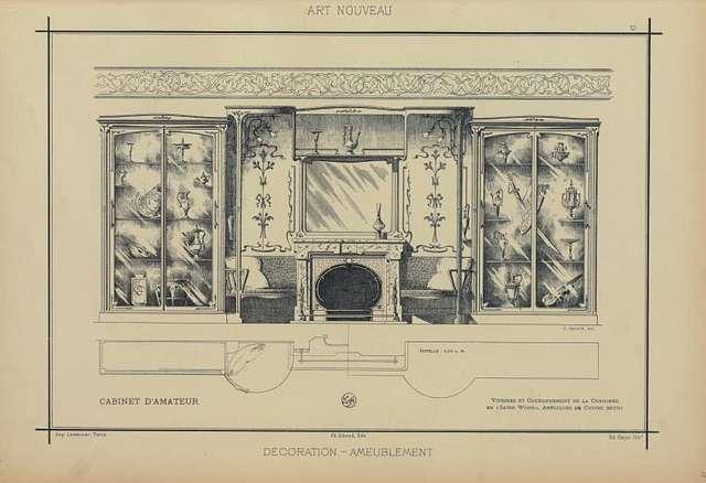 Cabinet d'armateur : vitrines couronnement de la cheminée en «satin wood», appliques de cuivre bruni