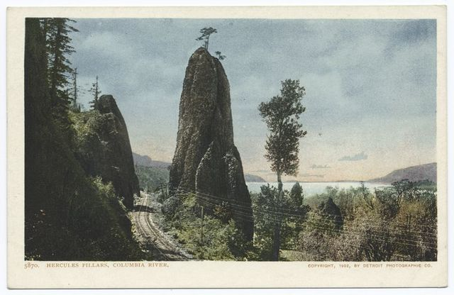 Hercules Pillars, Columbia River, Oregon