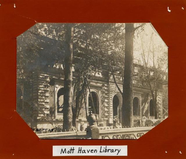 Mott Haven, Site #4, September 29 [Exterior, construction]