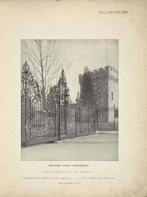 Entrance gates - Castlegould, closed.