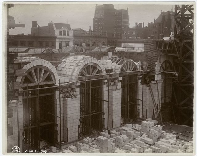 Interior work, Astor Hall : construction of arches.