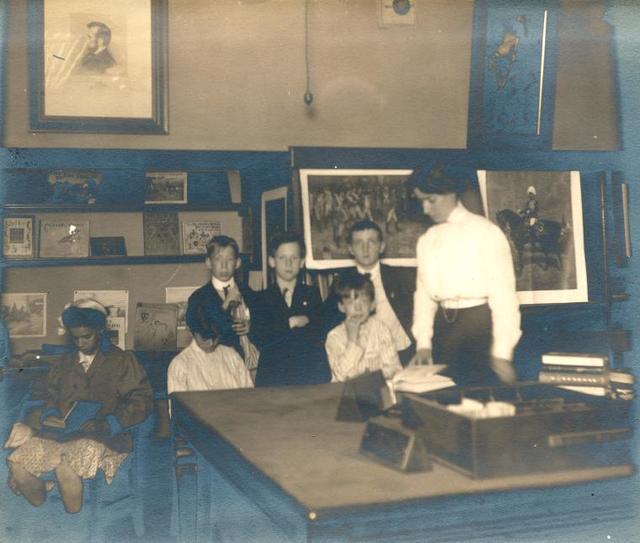 Muhlenberg, Children's room in basement