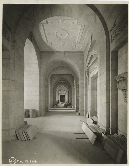 Interior work : arches in Astor Hall, in front of Gottesman Exhibition Hall.