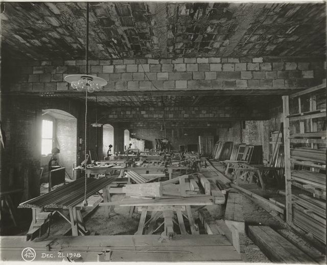 Interior work : room occupied by building materials and equipment.