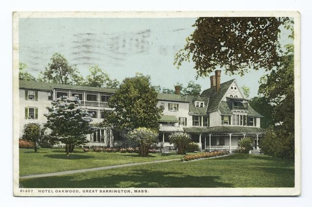 Exterior, Hotel Oakwood, Great Barrington, Mass.