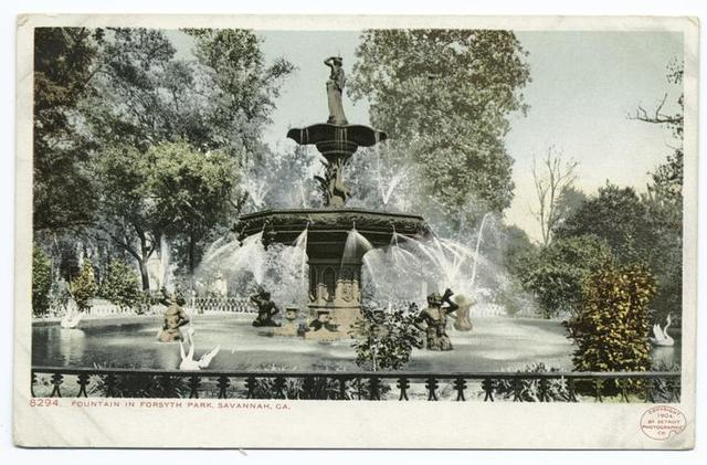 Fountain in Forsyth Park, Savannah, Ga.