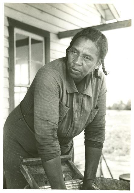 Sharecropper's wife. Missouri. 1938.