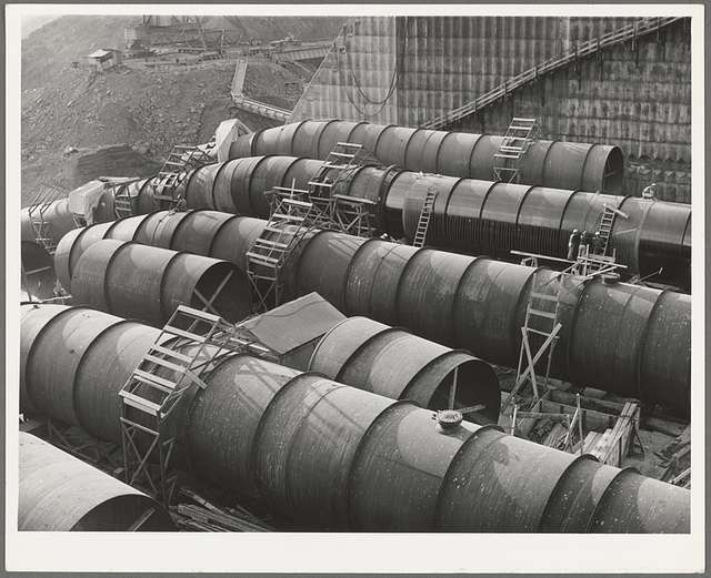 Penstock pipe which will be used to carry water from reservoir formed by Shasta Dam to hydroelectric turbines. Shasta County, California