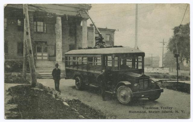 Trackless Trolley, Richmond, Staten Island, N.Y.  [old bus, men standing outside]