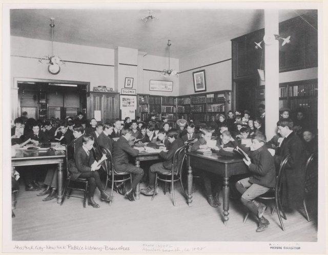 Aguilar Free Circulating Library East Broadway, Reference Room.