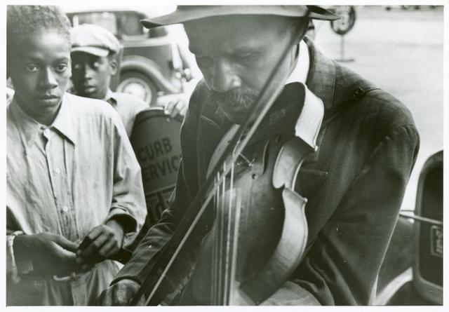 Blind street musicians, West Memphis, Arkansas, Sept. 1935.