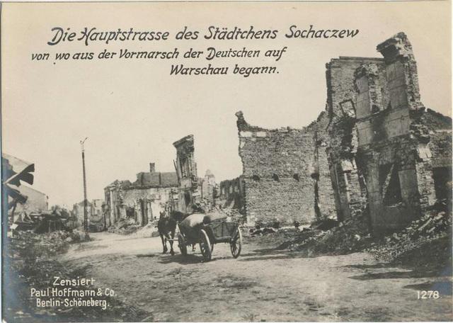 Die Hauptstrasse des Städtchens Sochaczew von wo aus der Vormarsch der Deutschen auf Warschau begann.