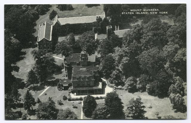 Mount Manresa, Staten Island, New York  [aerial view]