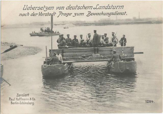 Uebersetzen von deutschem Landsturm nach der Vorstadt Praga zum Bewachungsdienst.