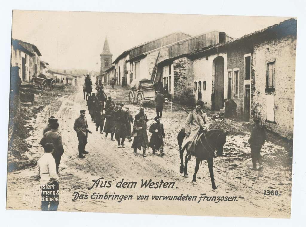 Aus dem Westen. Das Einbringen von verwundeten Franzosen.