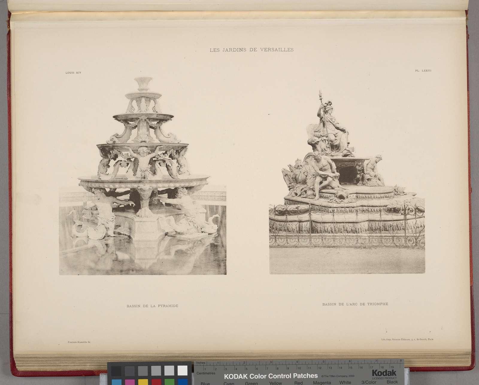 Bassin de la pyramide; bassin de l'arc de triomphe.